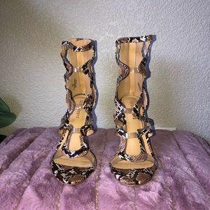 Snake print fashionnova Heels